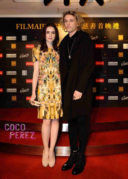 lily-collins-boyfriend-jamie-campbell-bower-twilight-screening-hong-kong-ap.jpg